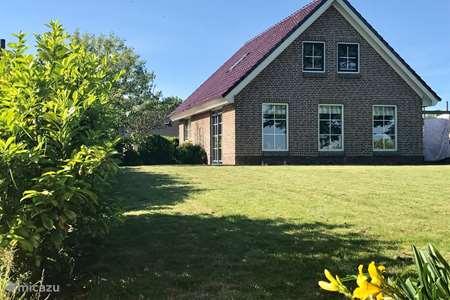 Vakantiehuis Nederland, Friesland, Tzummarum vakantiehuis Tzummarum bargereed 92