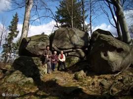 Typische rotsformatie in het natuurpark achter ons huis.