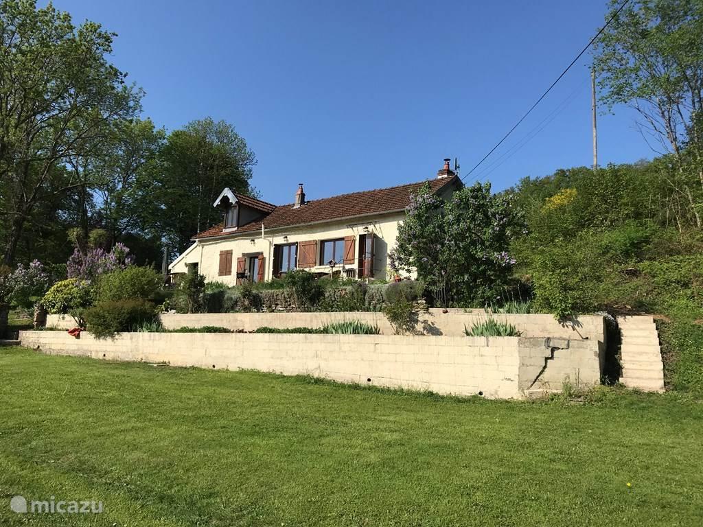 Vakantiehuis Frankrijk, Bourgogne, Vismoux boerderij Vismoux