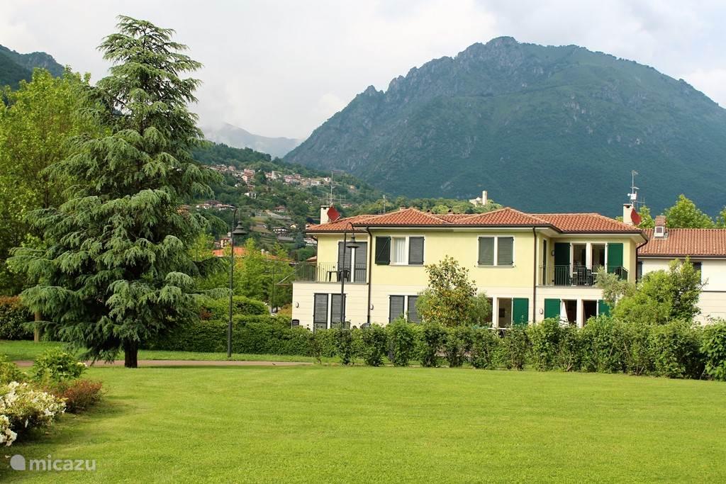villa villa rosa in porlezza italienischen seen italien mieten micazu. Black Bedroom Furniture Sets. Home Design Ideas