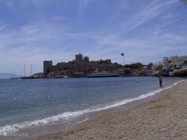 Bodrum, strand met kasteel