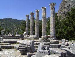 Priëne, De tempel van Athene