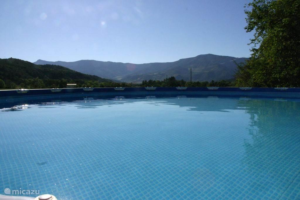 Het zwembad in juli en augustus