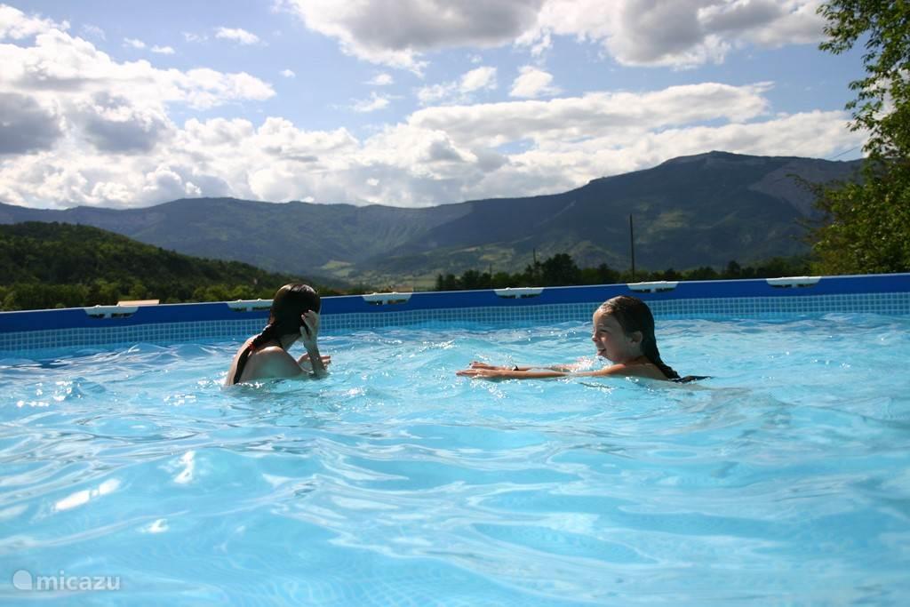 Heerlijk zwemmen met een prachtig uitzicht