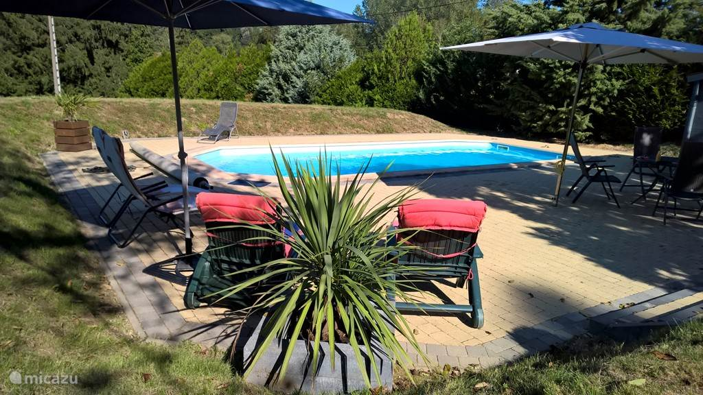 Vacation rental France, Burgundy, Montcony holiday house Le Petit Bourg