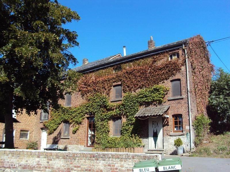 Vacation rental Belgium, Ardennes, Somme Leuze farmhouse Vakantieboerderij Renard