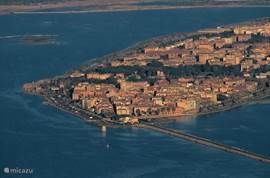Orbetello (circa 50 km)