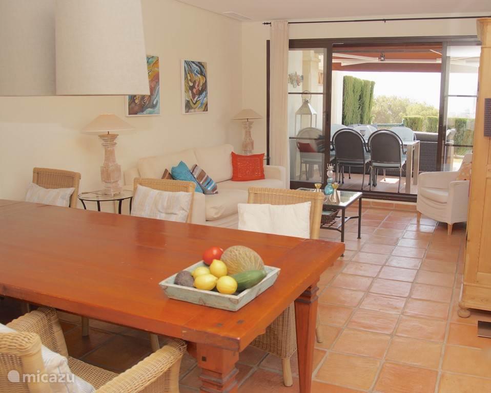 Villa Alegria, Costa Blanca, Finestrat Spanje - Woonkamer met uitzicht naar terras