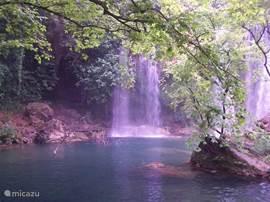 Watervallen van Perge op ongeveer 40 km afstand richting Antalya
