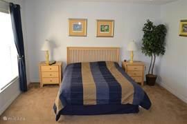 Slaapkamer 2 met Queen size bed