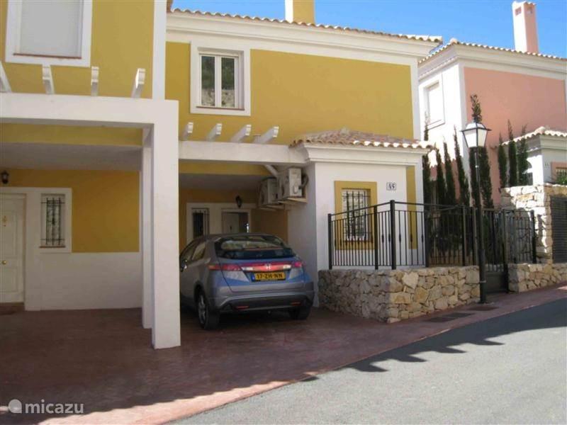 Vakantiehuis Spanje, Costa Blanca, Bonalba Vakantiehuis Halfvrijstaande Villa op BonalbaGolf