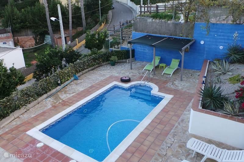 villa casa sanne in olivella costa dorada spanien mieten micazu. Black Bedroom Furniture Sets. Home Design Ideas