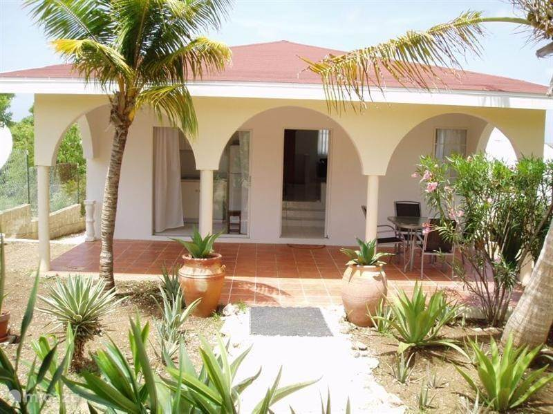 Vacation rental Curaçao, Banda Ariba (East), Montaña Abou - holiday house Sypeakiss 1
