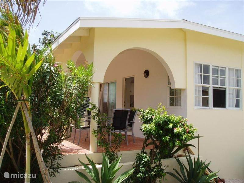 Vacation rental Curaçao, Banda Ariba (East), Montaña Abou Holiday house Sypeakiss 1