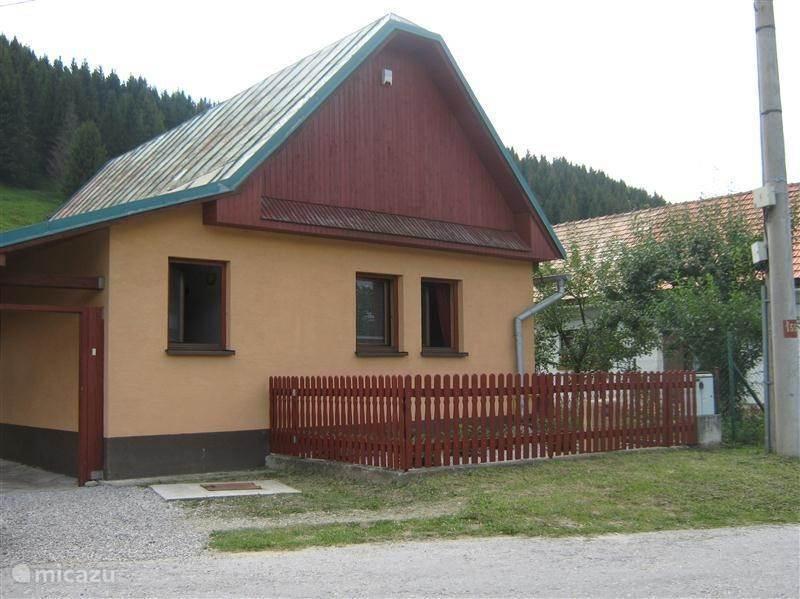 Vakantiehuis Slowakije, Midden-Slowakije, Pohronska Polhora boerderij Vakantiehuis