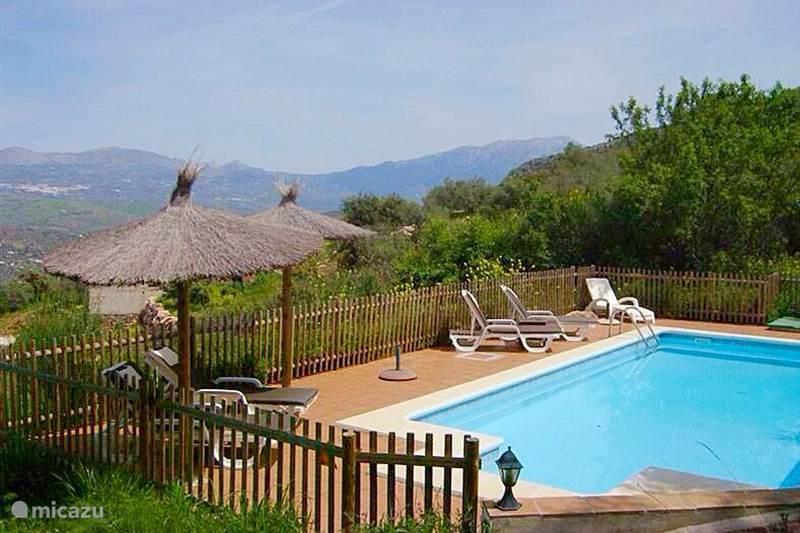 Vakantiehuis Spanje, Costa del Sol, Comares Villa Villa Monte Real Axarquia + Zwembad!