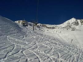 Uitzicht vanuit 1 van de skiliften