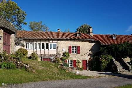 Vacation rental France, Lot, Sousceyrac farmhouse La ferme de Sousceyrac