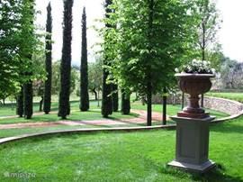 Detailfoto in het Parco Romantico.