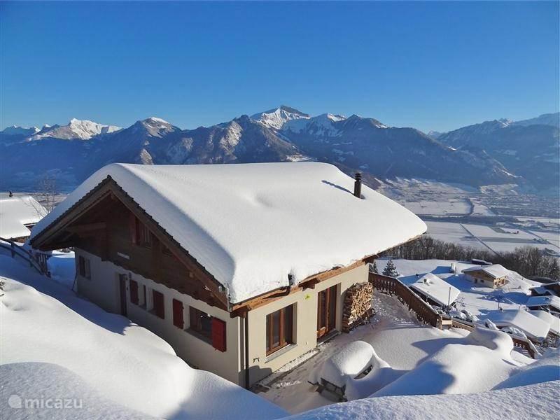 Modern Zwitsers Chalet : Chalet panoramix in torgon wallis huren micazu