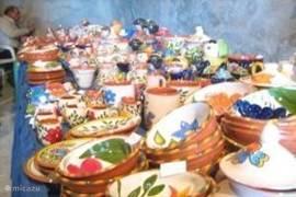 Alentejaans servies op een markt
