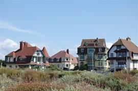 In Hardelot treft u ook nog enkele karakteristieke villa's uit begin 20e eeuw.