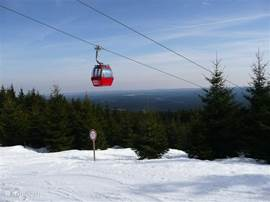 The Wurmbergseilbahn in Braunlage omhaag with the lift and ski down!