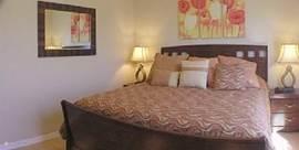 2e slaapkamer met King Size bed