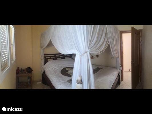 Slaapkamer 3 ( met romantisch hemelbed )
