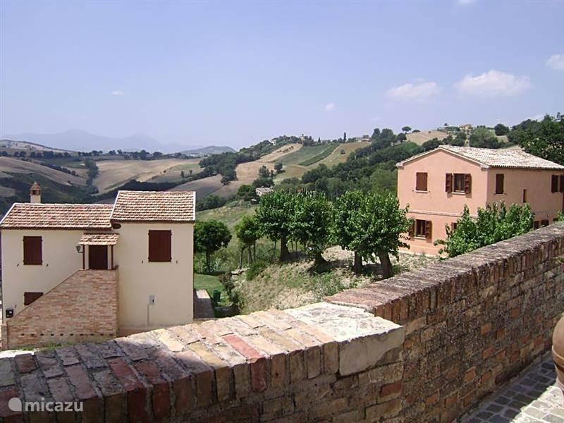 Vakantiehuis Italië, Marche, Loretello - villa Villa Trent` otto