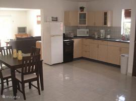 Keuken beneden appartement