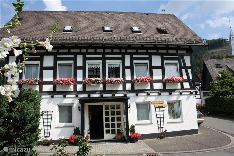 Vacation rental Germany, Sauerland, Bruchhausen - Olsberg - apartment Haus Am Medebach