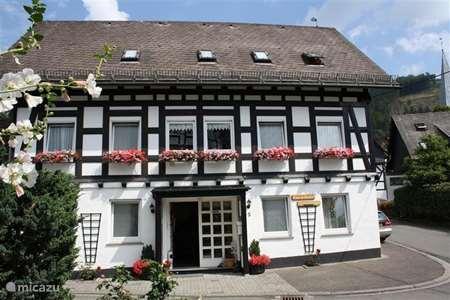 Vakantiehuis Duitsland, Sauerland, Olsberg-Elleringhausen - appartement Haus Am Medebach type A 2 personen