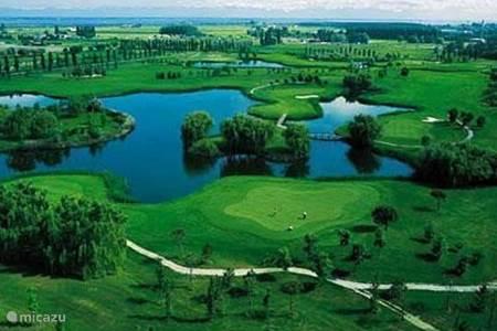 18 holes Golfbanen