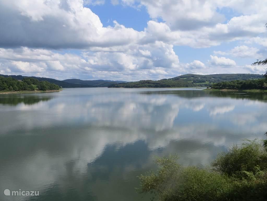 Another picture of the Lac de Panneciere