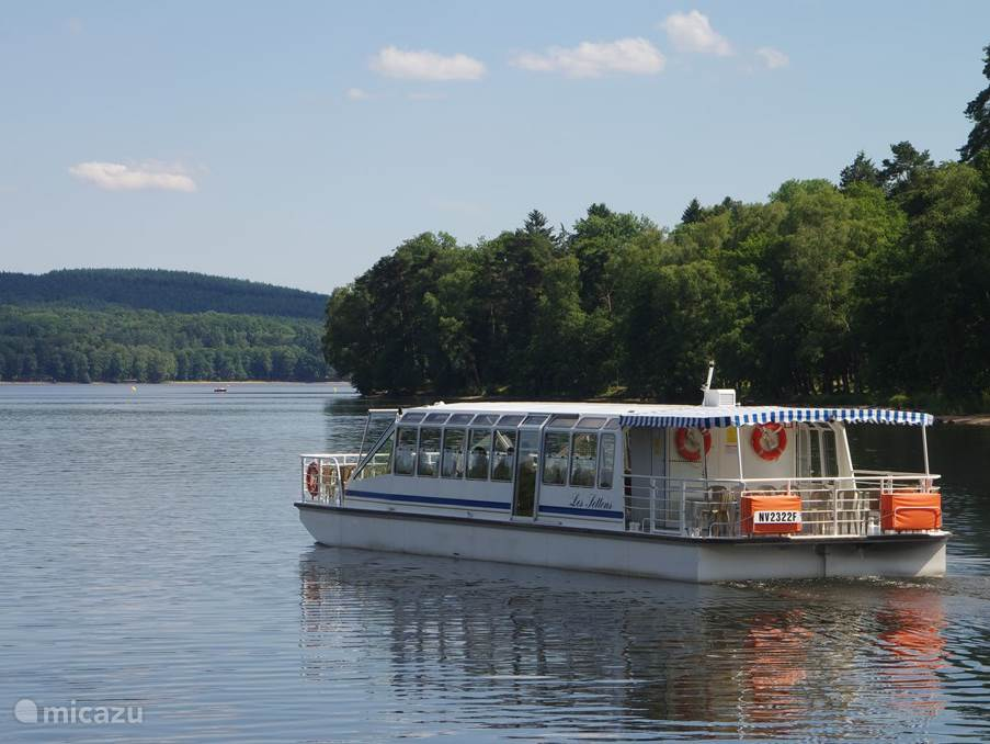 Cruise on the Lac des Settons
