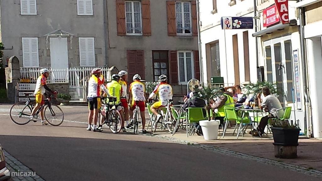 Sportief fietsen!! Radfahren in OurouxHier in Ouroux