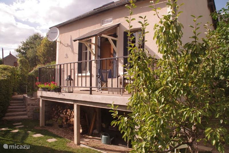 Vacation rental France, Nièvre, Ouroux-en-Morvan Holiday house Holiday Resort in Burgundy: l`Oiseau