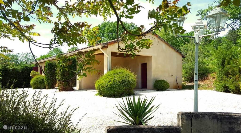 Villa Rosa 6-persoons vakantiewoning met privé zwembad