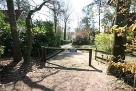 Vanuit het park zo wandelen in het bos  en de Gorsselse hei