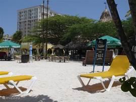 Één van de vele mooie stranden op Aruba.