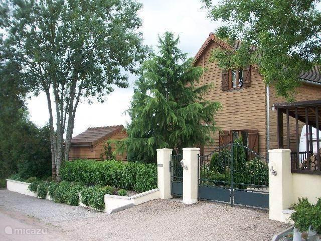 Vakantiehuis Frankrijk, Allier, Louroux-Bourbonnais chalet Petit Mathoniere