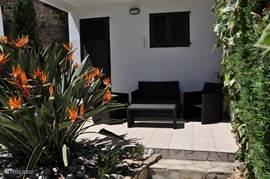 Casa Pieresa - achtertuin met loungeterras