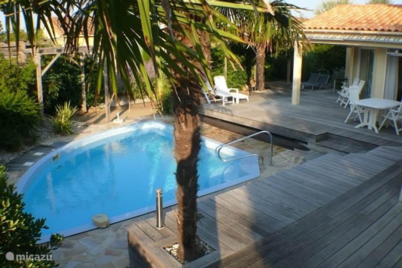 Vakantiehuis Frankrijk, Vendée, Château-d'Olonne Villa Villa Sophora met verwarmd zwembad!