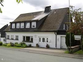 Noorwestzijde van villa Friesenhof