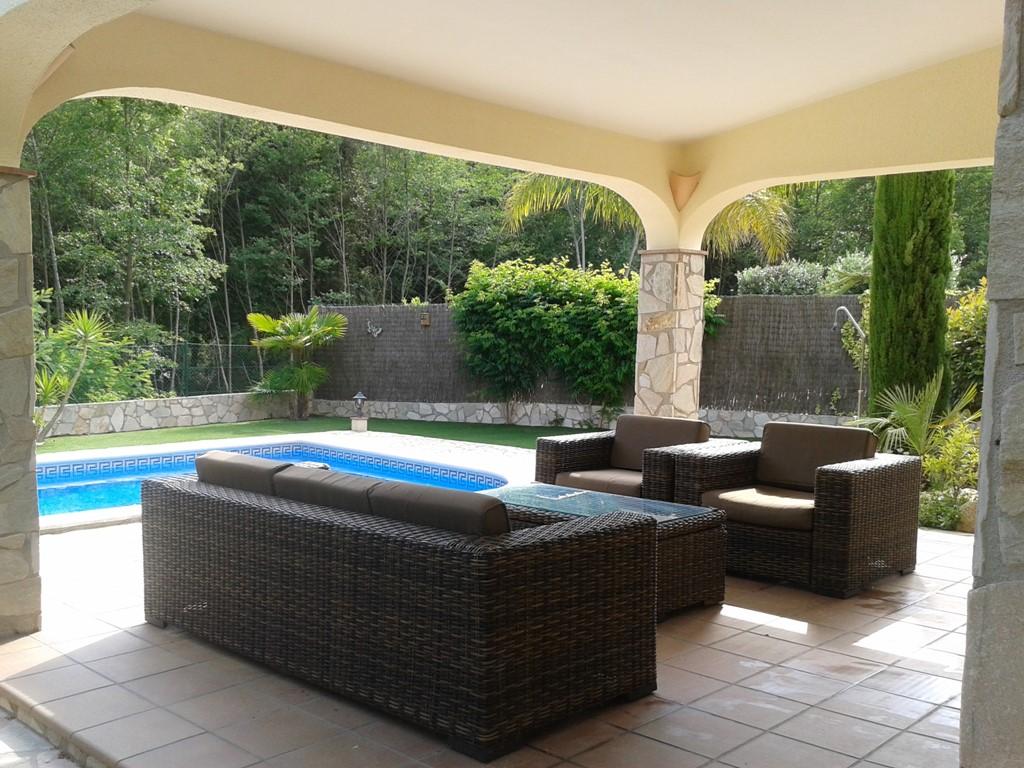 Luxe villa, 6 p.p. Privé zwembad, Wi-Fi, van vrijdag 23 t/m 30 juni, normaal 1295, nu 795!!! Tevens vanaf 8 september nog beschikbaarheid!!!