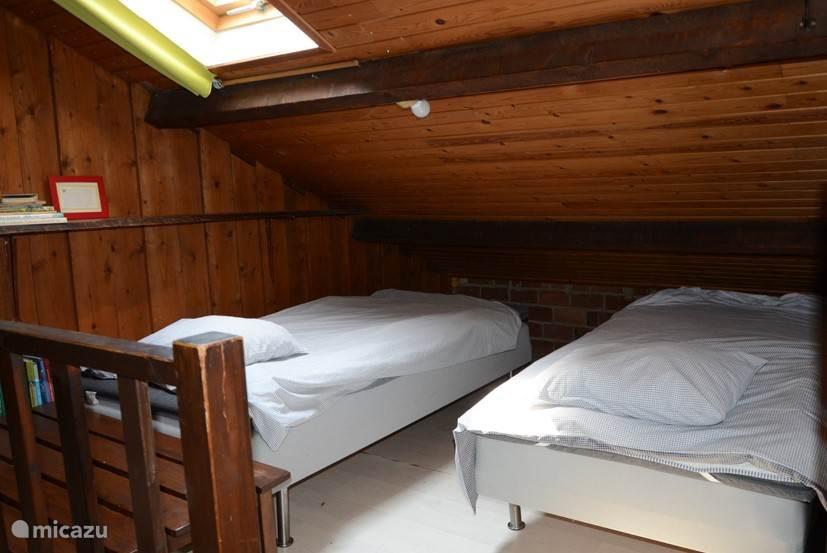 Alkoof met twee bedden
