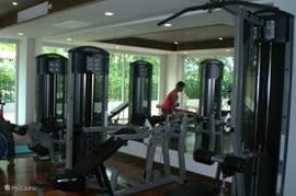 impressie van de fitnessruimte