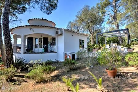 Villa te koop aan de Costa Brava.