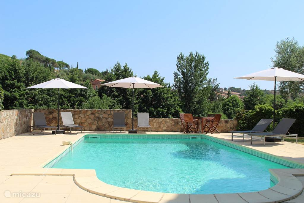 Vacation rental France, Languedoc-Roussillon, Berlou Villa La Vie en Rose